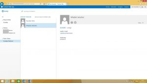 Folder publiczny typu Kontakty w programie Outlook Web App 2013